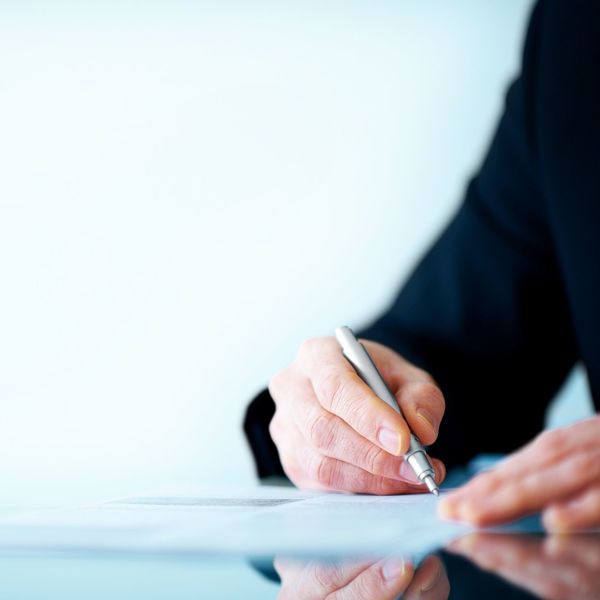 Picture of Essentials of Contract Drafting